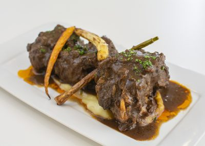 Cordovan-style oxtail stewed with creamy potato and celery soup
